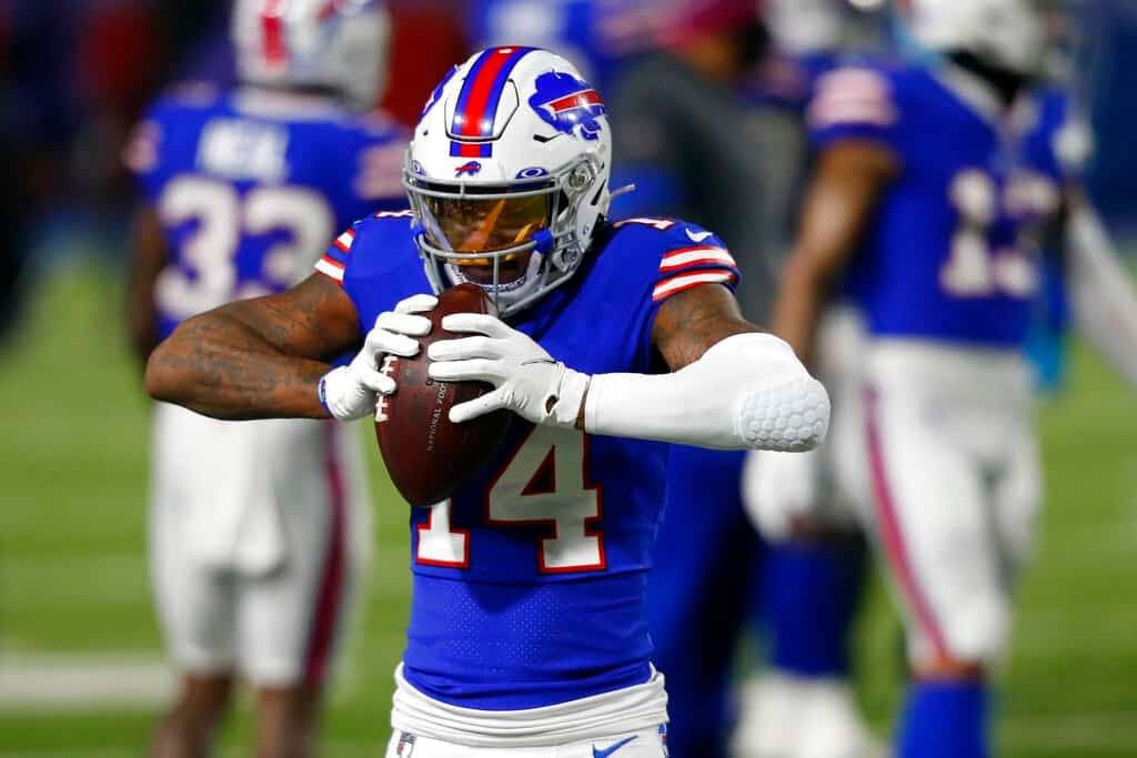 NFL PRizePicks DFS WEek 6 MOnday Night football Bills vs Titans tonight Stefon Diggs player props bets predictions today lineup optimizer optimal