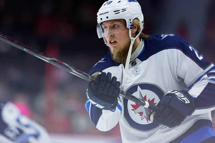 DraftKings & FanDuel NHL DFS picks like Patrik Laine for January 17 NHL DFS based on projections and rankings from top DFS player.