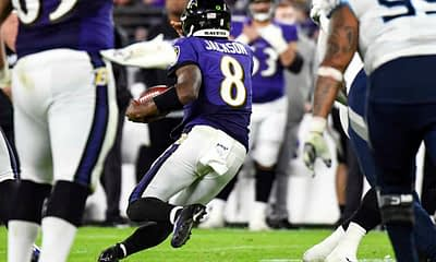 NFL DFS picks week 17 First Look DraftKings and FanDuel Daily Fantasy Football