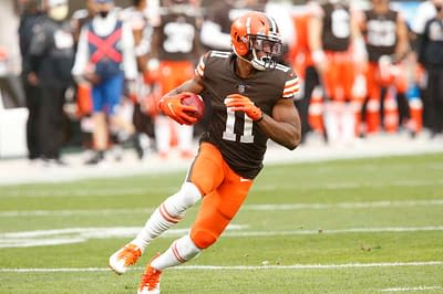 The best Yahoo NFL Picks for Week 7 Monday Night Football Broncos at Browns single-game contests using expert projections, rankings & ownership