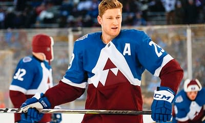 DraftKings NHL DFS Picks fantasy hockey cheat sheets featuring Nathan MacKinnon