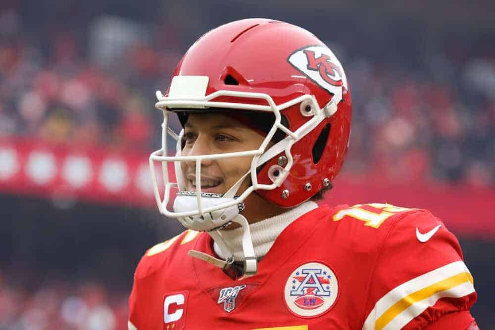 Julian Edlow dissects the NFL betting markets and analyzes the line movement for futures bets and Week 10 NFL picks including Patrick Mahomes