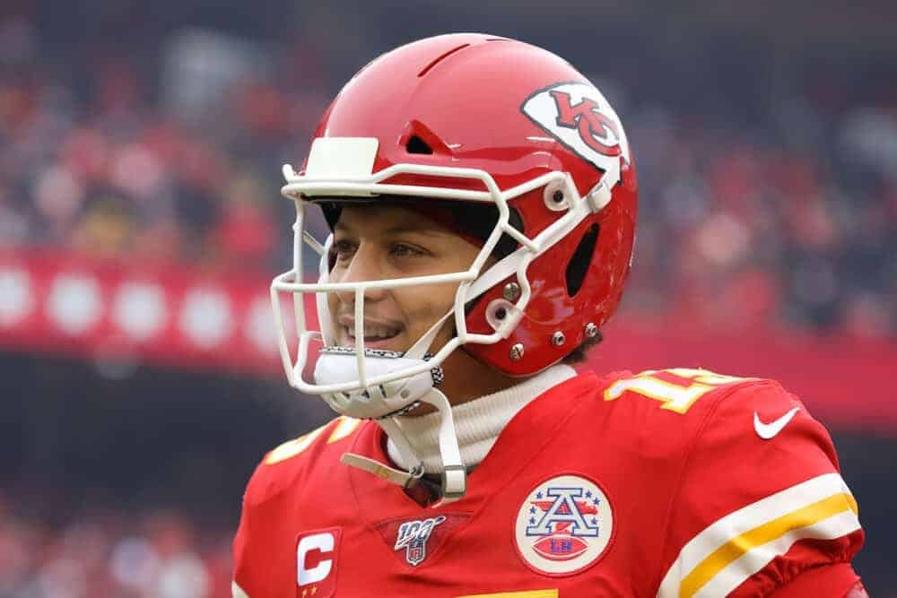 """Patrick Mahomes """"liked"""" a tweet referencing all the hate his brother, Jackson Mahomes, was getting for dancing on Sean Taylor's memorial"""
