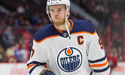 NHL betting picks props best bets player tonight today Oilers Connor McDavid free expert advice tips how to bet on NHL hockey over/under goals assists