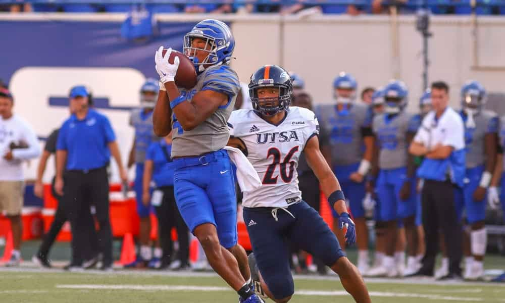 CFB DFS Picks DraftKings FanDuel College Football projections free expert advice tips strategy daily fantasy optimal lineup optimizer week 8 UCF stacks Calvin Austin Memphis