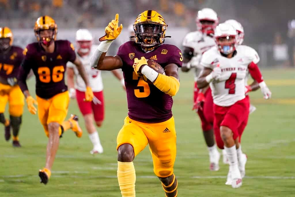 CFB DFS Picks DraftKings FanDuel College Football projections free expert advice tips strategy daily fantasy optimal lineup optimizer week 6 Arizona State Rachaad White stacks