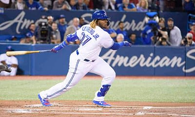 EMac gives his favorite MLB DFS Stacks for Yahoo + DraftKings + FanDuel daily fantasy baseball lineups Blue Jays and Reds | Friday 4/9/21