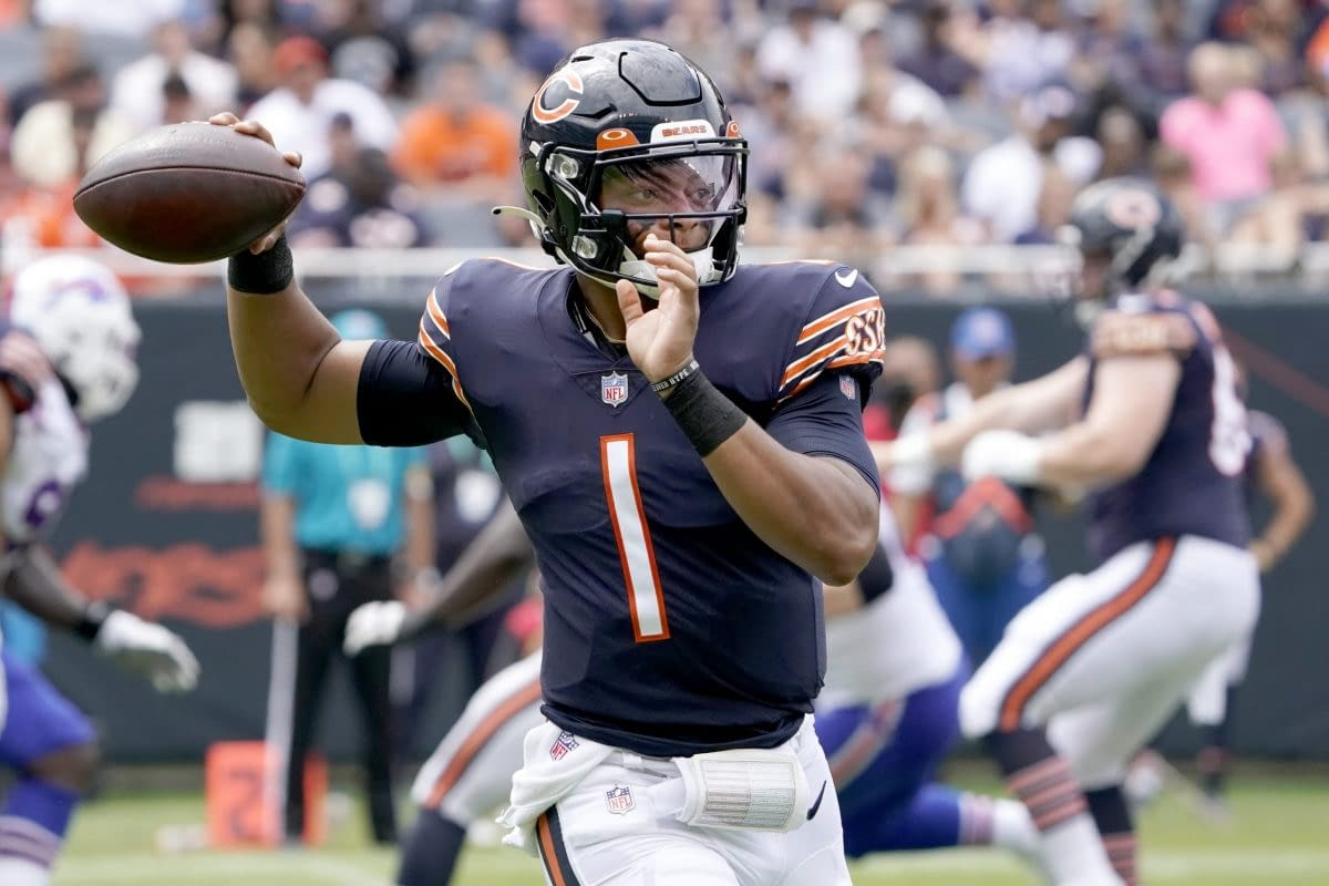 Week 6 NFL DFS Strategy Show. Free DraftKings and FanDuel daily fantasy picks and ownership projections with expert rankings.