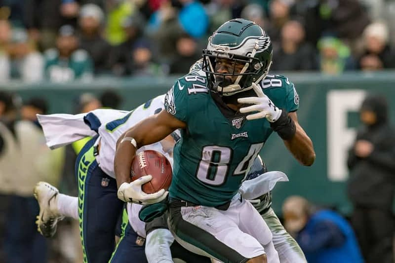 Mike Barner discusses the best fantasy football waiver wire pickups for Week 8 NFL fantasy lineups on Yahoo + ESPN | Carlos Hyde + Greg Ward