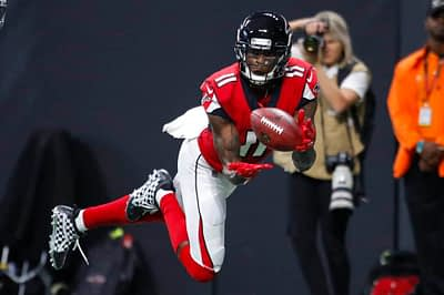 Greg Ehrenberg breakes down the latest Week 7 NFL DFS news in his Slant and Go article for DraftKings + FanDuel daily fantasy football