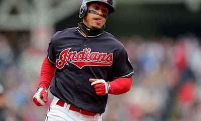 FanDuel MLB DFS cheatsheet for 9/17, picks like Francisco Lindor based on projections and ownership from the world's No. 1 DFS player.