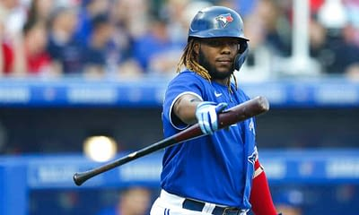 MLB DFS Picks, top stacks and pitchers for Yahoo, DraftKings & FanDuel daily fantasy baseball lineups, including the Blue Jays   Tuesday, 7/27